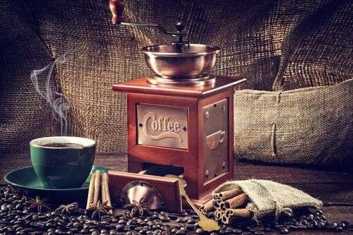 Best Coffee Grinder For Moka Pot Featured Image